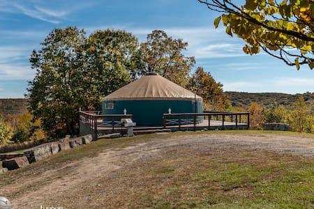 Sanctuary - Private Elegant Yurt + Views, Hot Tub