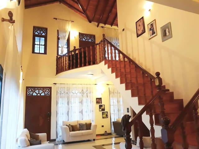 Ama Villa ~ FULL PROPERTY 30% Discount