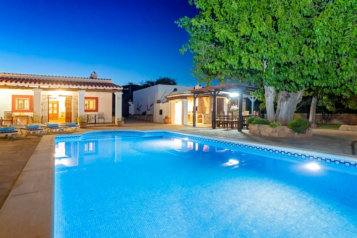 Villa near Ibiza Town, sleeps 10/12 - Can Musson