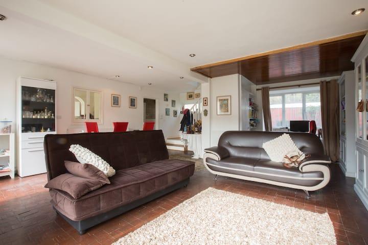 Single Room in leafy West Dulwich