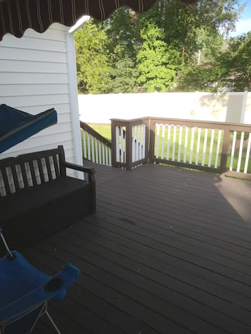 Comfy room near dulles airport (No cleaning fee! )