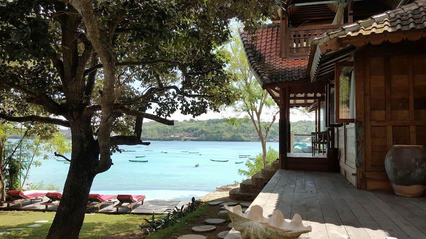 THE BEACH WOODS NUSA CENINGAN ISLAND - Nusa Ceningan - Дом