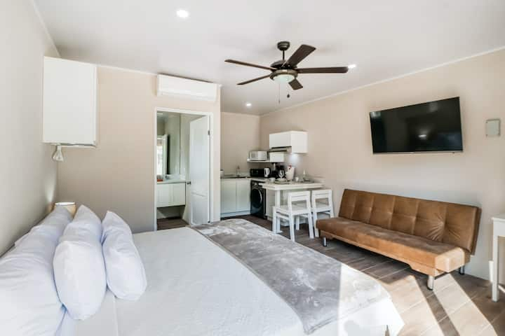 Ground Floor Studio with Shared Pool, WiFi, Partial AC, and Private Washer/Dryer