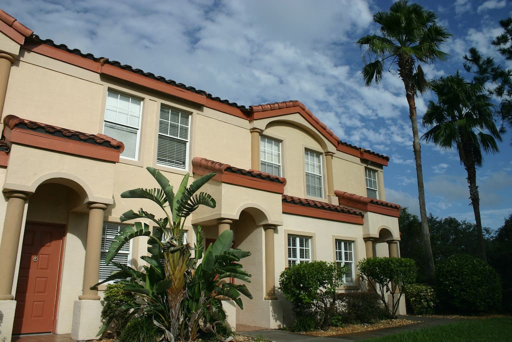 2 Bedroom 2 5 Bath Lovely Townhome By Seaworldl 6 Townhouses For Rent In Orlando Florida