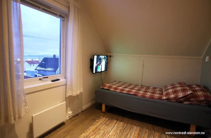 Fjordgata Room 5