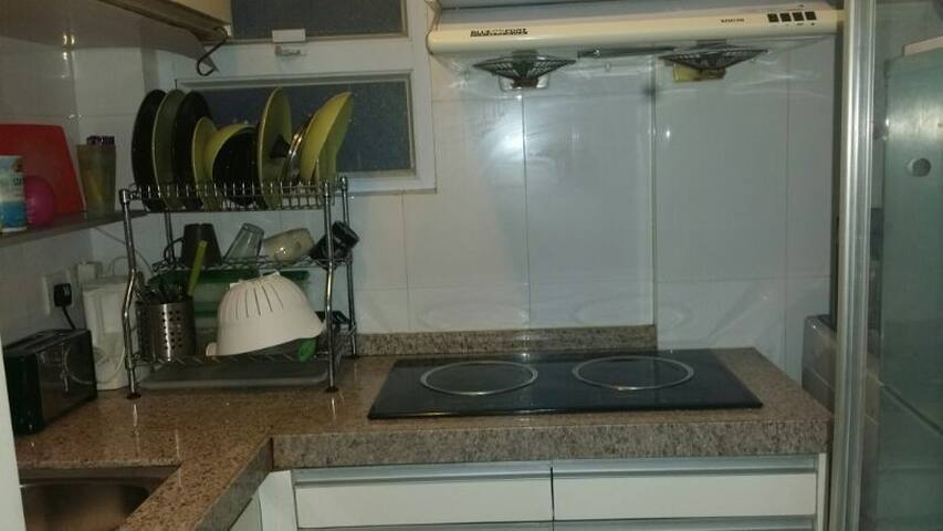 Single Size Room In Causeway Bay