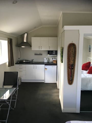 Beautifully Refurbished Private Studio - Auckland - Leilighet