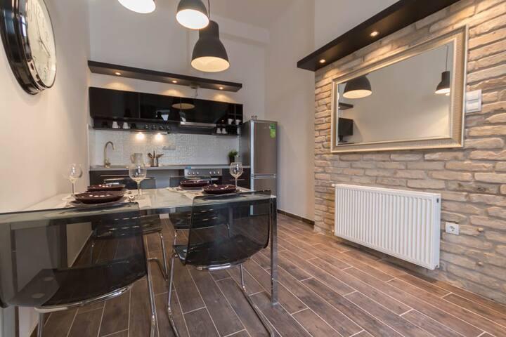 Hi5 Apartments 67 - Elegant central home - Budapest - Lägenhet