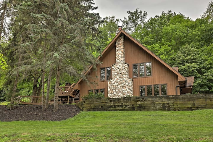 NEW! 4BR Canandaigua Chalet w/ Mountain Views!