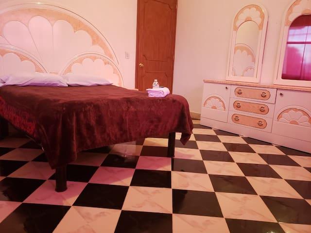 """Casa de descanso """"La Luciérnaga"""". Habitación #7."""