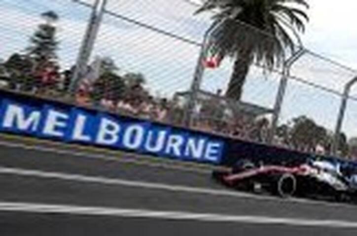 MELBOURNE GRAND PRIX F1! INCL. LOCALS CAR STICKER
