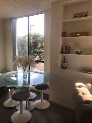 Room for Rent in West Hollywood/ Beverly Hills