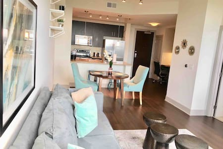 Tysons luxury high-rise Apartment near metro-20