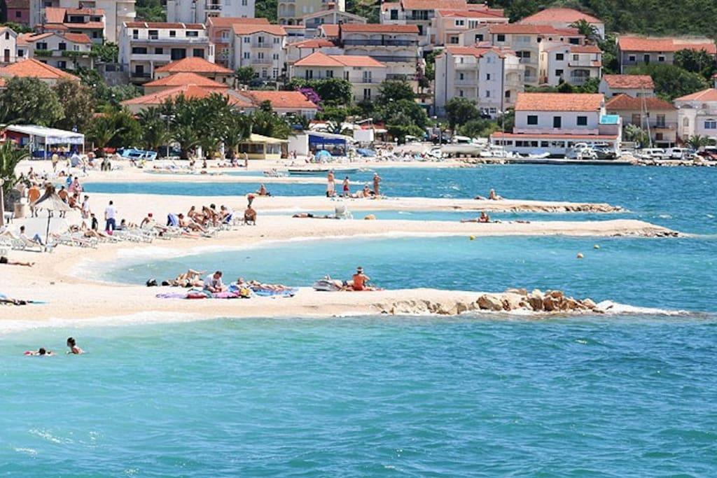Ciovo (Okrug Gornji) beaches.