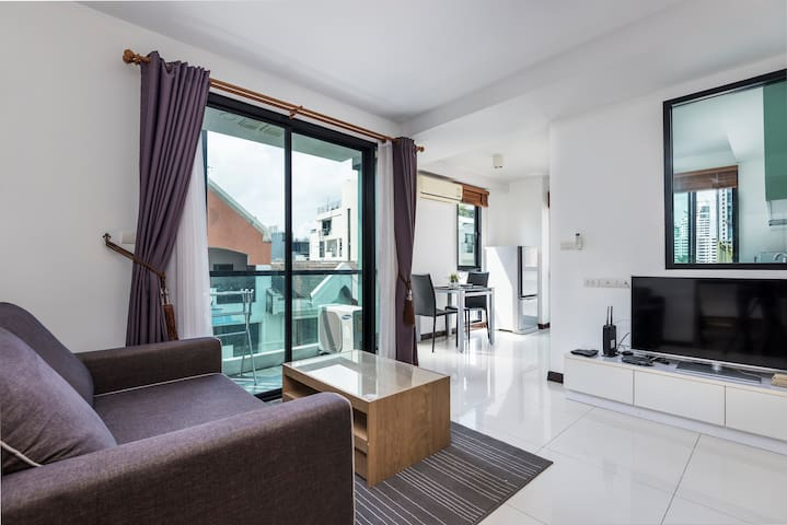 Comfy apartment- Pool & Fitness- Heart of Thonglor