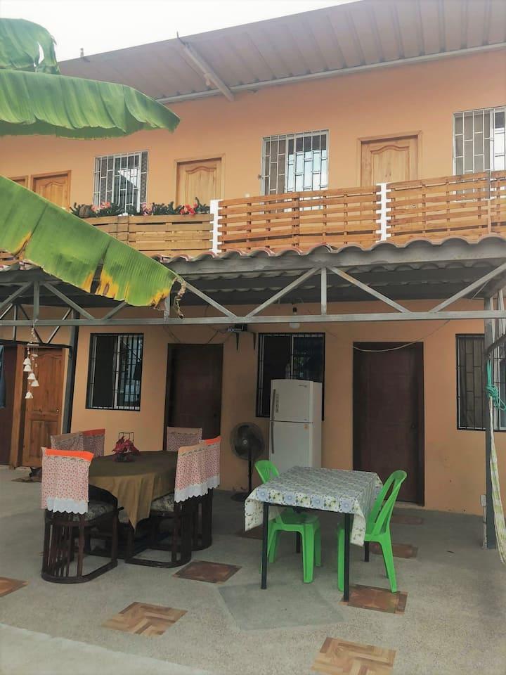 Alojamiento en linda Habitación Amoblada.