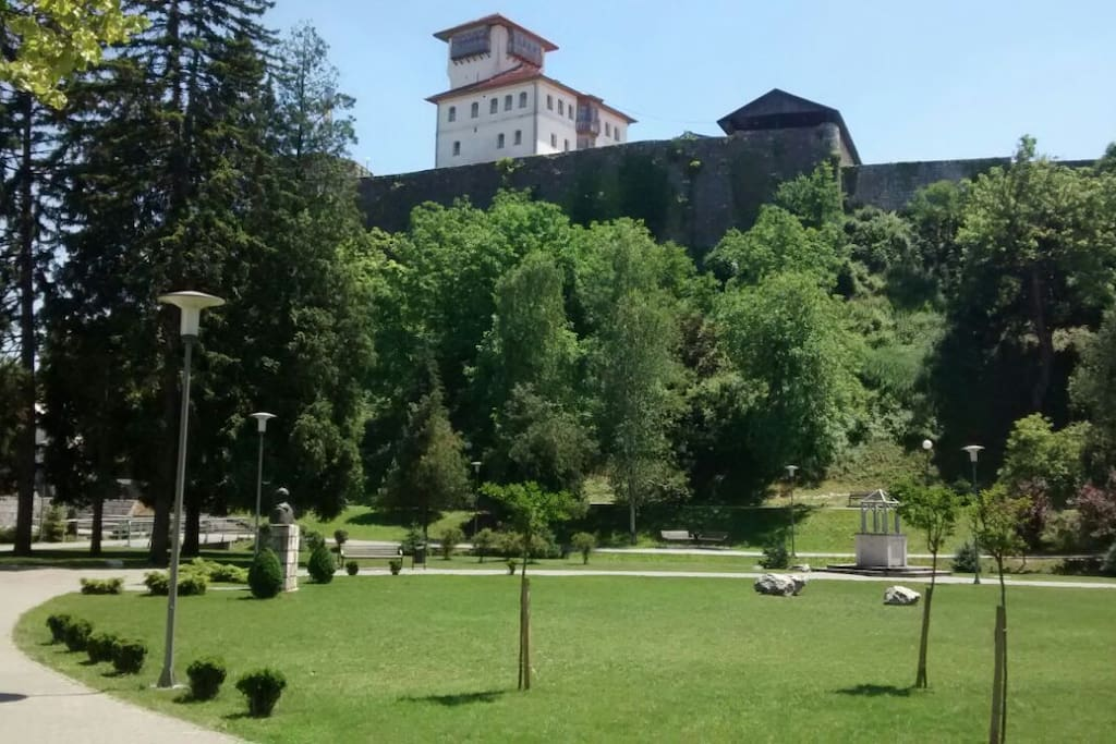 Schloss, Castle