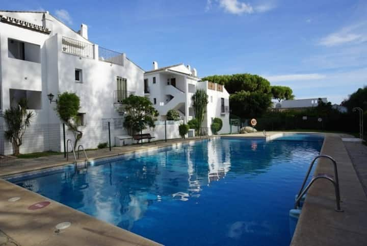2 Bed Townhouse, Air Con, Wi-fi, 150mtr from beach