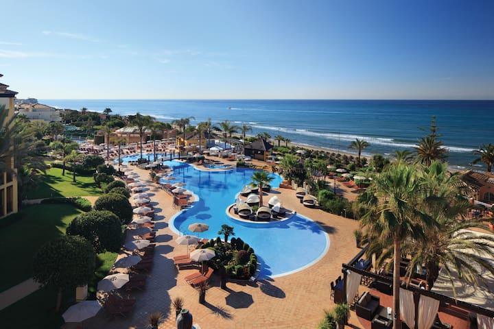 Marriott's Marbella Beach Resort - Marbella - Huoneisto