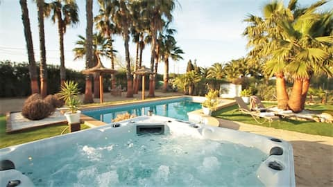 Aladin resort super luxury villa