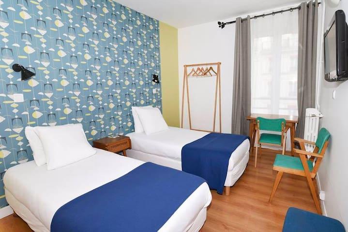 Chambre 2 lits avec SDB, 2 p. Gare de Lyon
