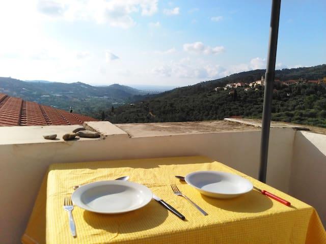 Dolcedo Haus mit einer spektakulären Aussicht