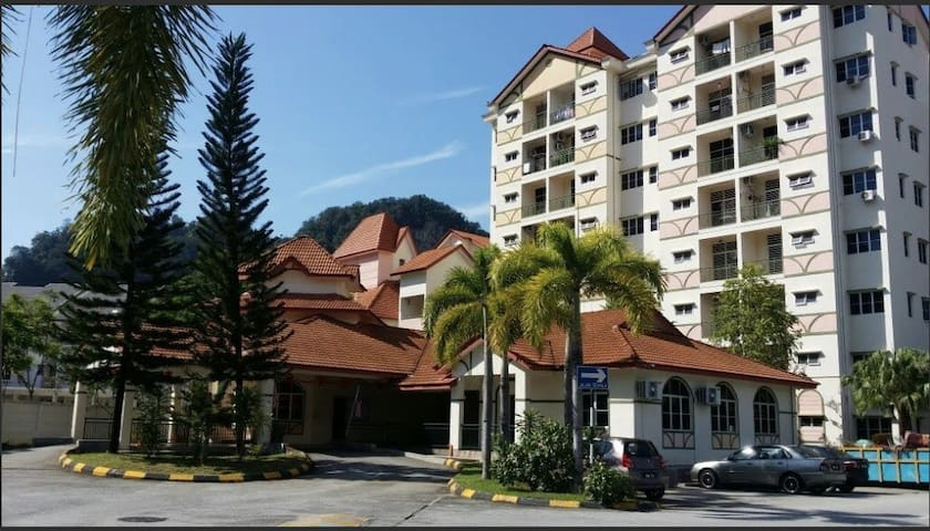 Sunway B City Homestay 1Km to LOST World of Tambun