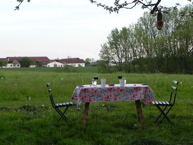 Übernachtung / Urlaub auf dem Bauernhof - Isen - Hus