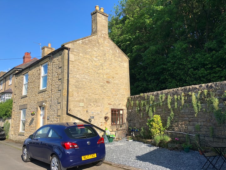 Idyllic Hexham cottage with stunning views
