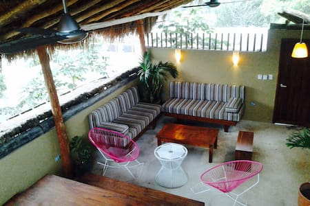Ku Tulum are Brand new and beautiful apartments. Located in a Wonderful location in the heart of Tulum Town, Right beside the Best Restaurants Tulum has to offer, and still being just off the main avenue to provide a Comfortable and Tranquil Vibe.