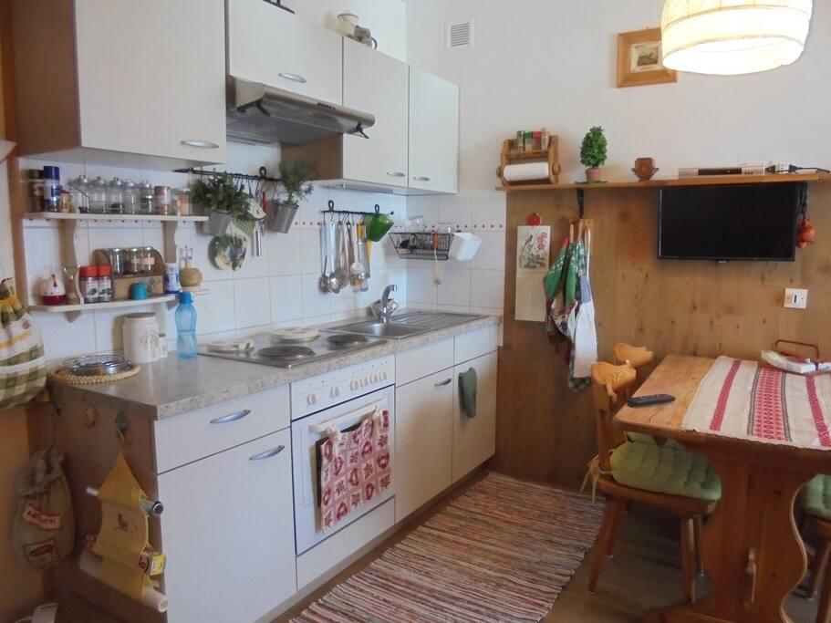 soggiorno/cucina - living room/kitchen - Wohnzimmer/Küche