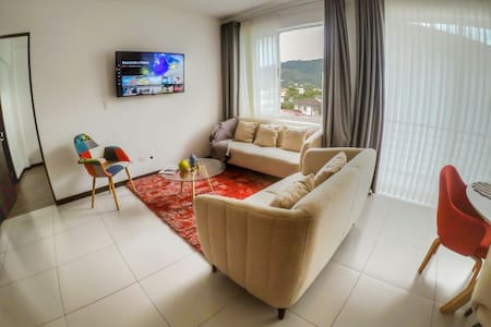 Apartment 20min from Juan Santamaria Airport (SJO)