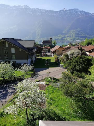 Chalet im Dorf nahe Burgseeli / See / Interlaken