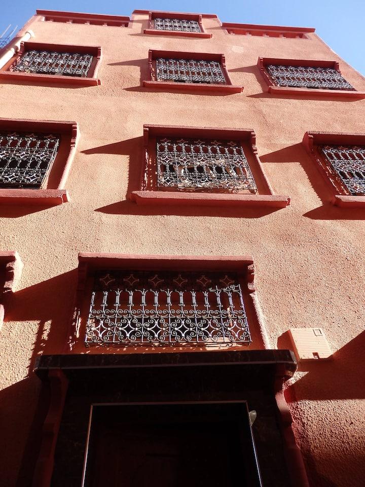 "Nice flat ""Jbel"" near kasbah Taourirt Ouarzazate"
