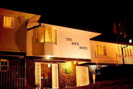 The Rock Hotel - Nuwara Eliya - Bed & Breakfast