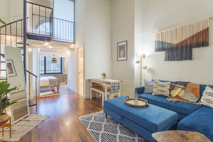 ⭐Sparkling Clean 2BR+Parking+Wifi l WALNUT SUITE⭐