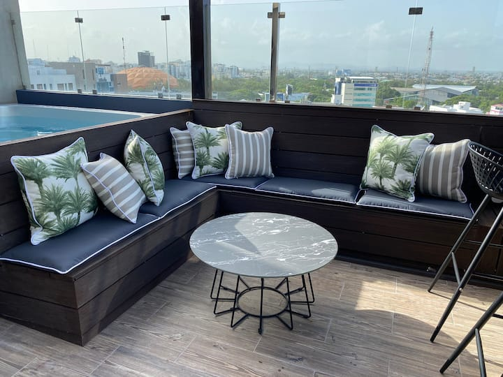 *New Downtown Penthouse Private Jacuzzi Seaview
