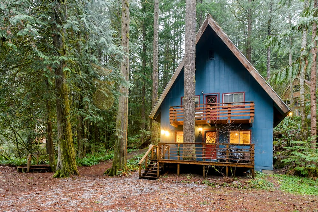 Mt baker twin tree house 1 glacier 4 beds hot tub for Washington state cabins for rent