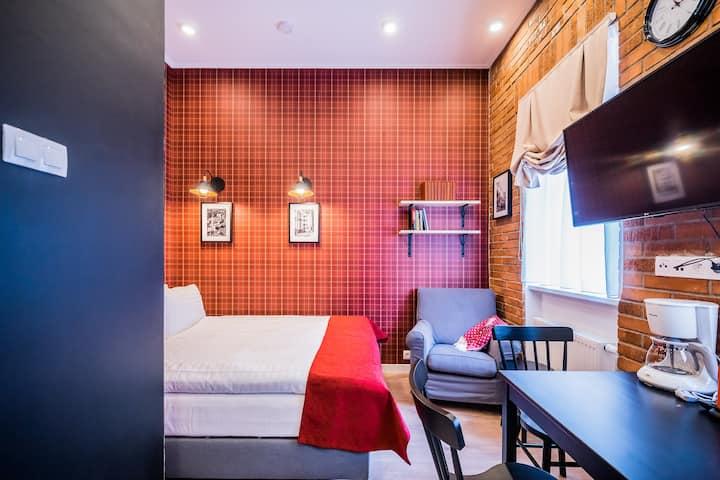 Studio-apartment in the city center