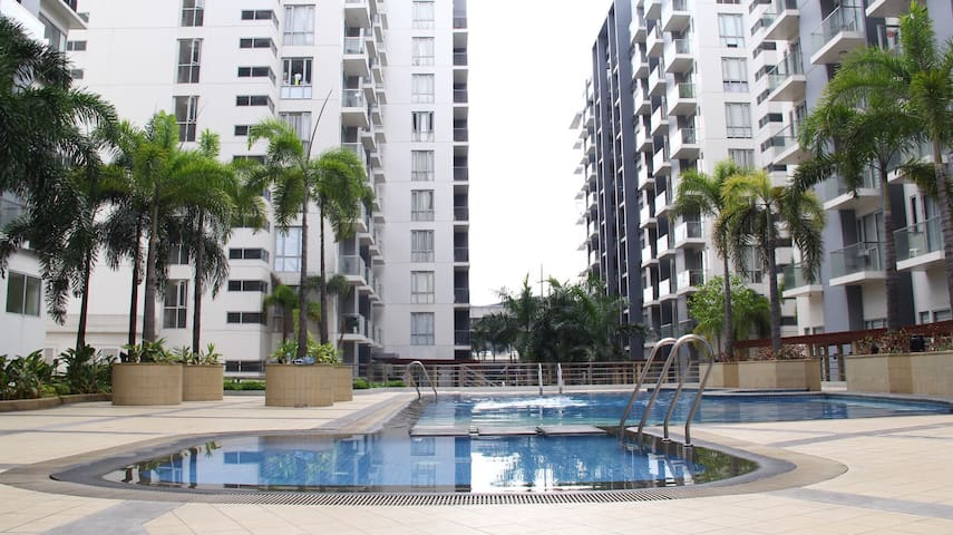 Best Location! Studio Condo by the Manila Airport