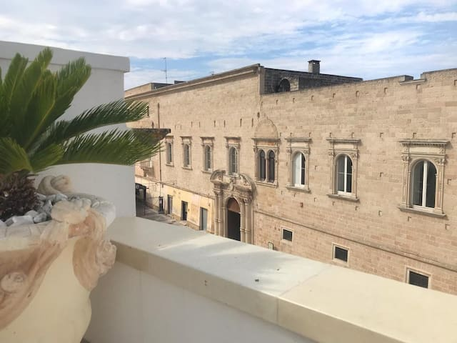 Balcone del Barone - Room with Balcony & Wifi