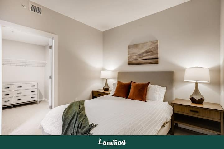 Landing | Modern Apartment with Amazing Amenities (ID2774)