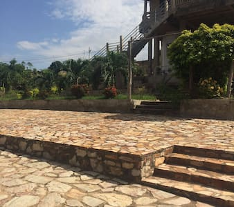 McCarthy Hills - Accra
