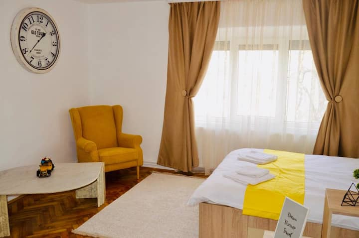 ★Central apartment❤ with BIG room,WiFi,TV, Washer★