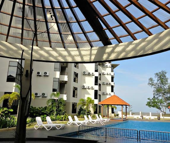 Luxurious Beachfront Suite Kuantan Serviced Apartments For In Pahang Malaysia