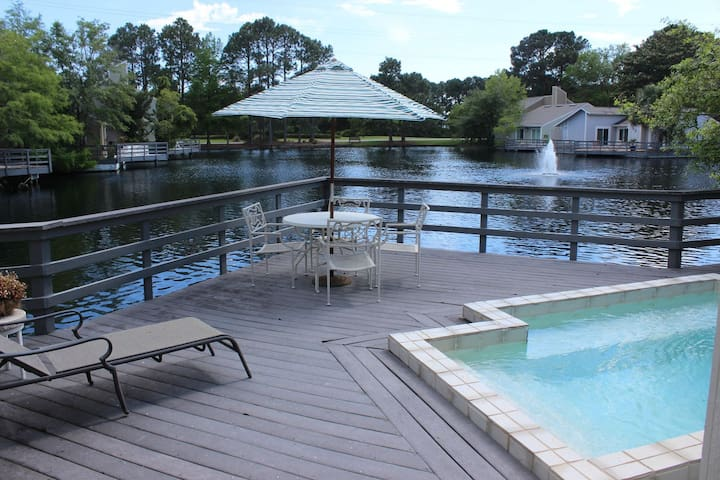 Linkside 466, Free Golf Cart, Pool on Lake, Free Golf and Activities Fun Pass!