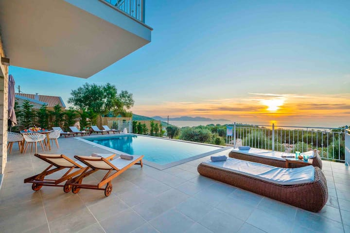 Luxury Private Stone Villa Suzana,with sunset view