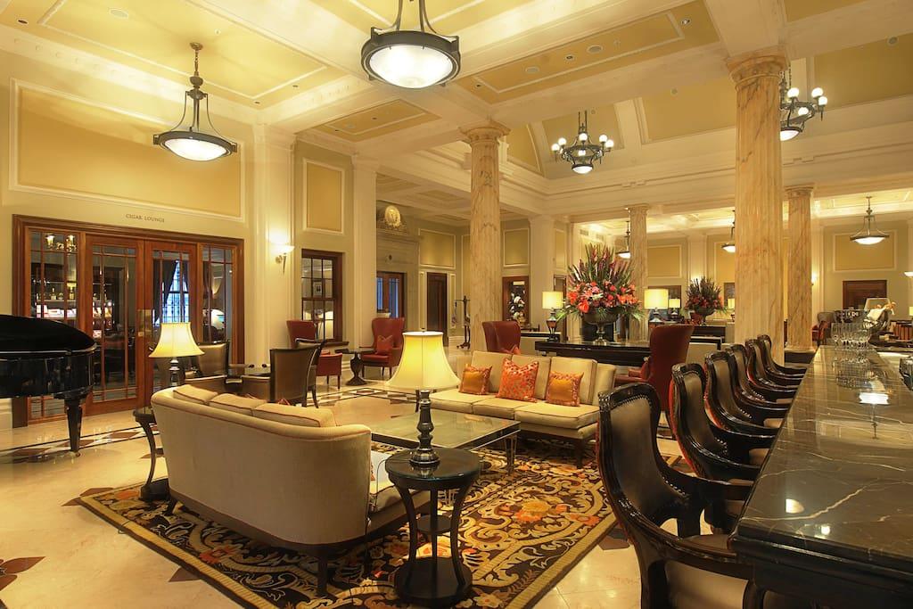 Taj hotel bar