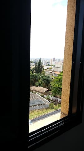 Vista do quarto de casal