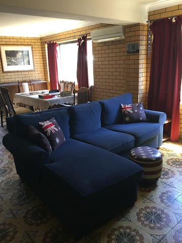 Self-Contained Granny Flat in Carindale